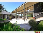 Picture Ultra Modern Beach Holiday Home in Sought Afte.