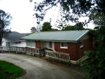 Picture Glenfield 2 bedrooms top level of house