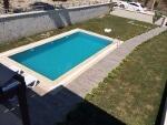 Çeşmede sezonluk ki̇ralik havuzlu yazlik ati̇lla emlak çeşme – 35.000TL