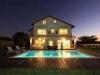 Fotoğraf Izmir çeşme de özel havuzlu kiralık lüks villa