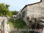 Fotoğraf 318 m2 arsa içerisinde kargir köy evi