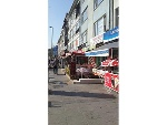 Fotoğraf Hasanpaşa beledi̇ye karşisi cadde üzeri̇...