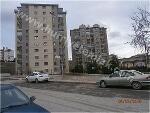 Fotoğraf Batikent çakirlar ana cadde üzeri̇ ful yapili...