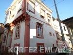 Fotoğraf Ayvalikta satilik orjinal mustakil ev-tas