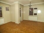 Fotoğraf Binevlerde Ünv Blv Üzerinde 3+1 Salon 160 m2...