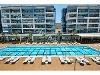 Fotoğraf Kusursuz bir tatil için büyük kompleks'de...