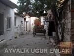 Fotoğraf Ayvalik sarimsaklida satilik kagi̇r ev bah