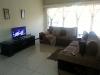 Photo Renovated flat near all major amenities...