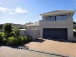 Photo House for Sale. R 5 250 -: 3.0 bedroom house...