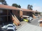 Photo Investor: buy 2 units for R980 000, rental...
