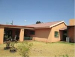 Photo 3 Bedroom House For Sale in Golf View