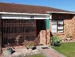 Photo 2 Bedroom Townhouse To Rent in Sunridge Park