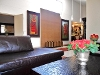 Photo Stunning furnished 3 bed unit close to all the...