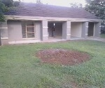 Photo 3 bedroom House For Sale in Dawn Park for R 850...