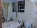 Photo Modern Furnished 3 Bedroom Apartment in Bramley