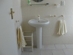 Photo 1 Modern Garden Apartment (fully furnished and...