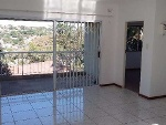 Photo Spacious and bright upstairs 1-bedroom flat in...