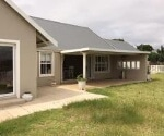 Photo 3 bedroom House For Sale in Caledon Estate for...