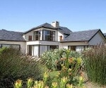 Photo 4 bedroom Farm For Sale in Caledon for R 4 410...