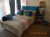 Photo One bedroom available in a four bedroom town-house