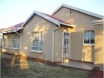 Photo House for Sale. R 870 000: 3.0 bedroom house...