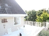 Photo Stunning 3 bedroom house with pool for rent in...