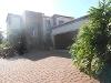 Photo Stunning property in Highveld park