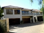 Photo 2 bedroom apartment in Silver Lakes Golf.