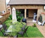 Photo 2 bedroom Townhouse For Sale in Wilgeheuwel for...