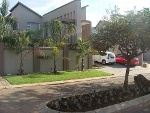 Photo 4 bedroom House For Sale in Thorn Valley Estate