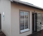 Photo 2 bedroom House For Sale in Dawn Park for R 660...