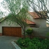 Photo R 11 000, Double story house to rent in a...