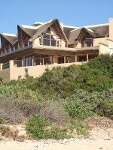 Photo 4 bed Detached House for rent in Jeffreys Bay,...