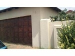Photo House for Sale. R 750 000: 3.0 bedroom house...