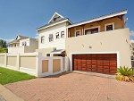 Photo Cluster House For Sale in Kengies, Sandton