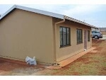 Photo House for Sale. R 590 000: 3.0 bedroom house...