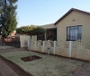 Photo 3 bedroom House For Sale in Ennerdale for R 580...