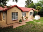 Photo House for sale in halfway gardens, midrand