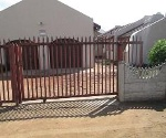 Photo 3 bedroom House For Sale in Mankweng for R 645...