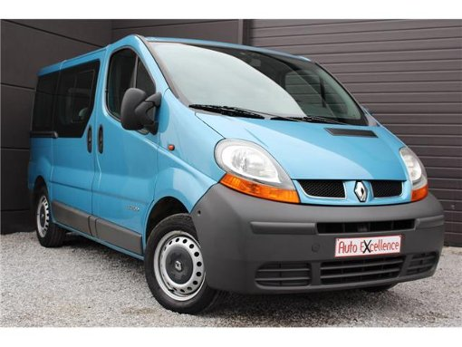 Photo Renault Trafic 1.9 dCi // 9 PLACES // ETAT NEUF...