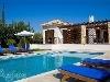 Fotoğraf Antalya konyaaltın da lüks havuzlu kiralık villa
