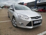 Photo 2013 Ford Focus 2.0 TDCi Comfort Line - Sedan