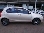 Photo Toyota Etios hatch 1.5 Xs 5dr