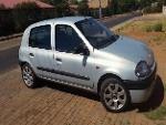 Photo 2000 Renault Clio Hatchback