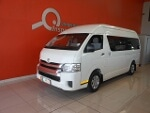 Photo 2014 toyota 2.5d-4d gl 14 seater