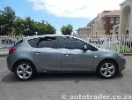 Photo 2012 Opel Astra 1.4 Turbo