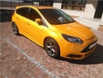 Photo Yellow Ford Focus 2.0 GDi Trend 5-door with...