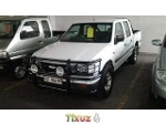 Photo 1998 Isuzu KB 280 dt le pu dc for sale
