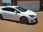 Photo 2013 OPC Opel Astra Hatchback